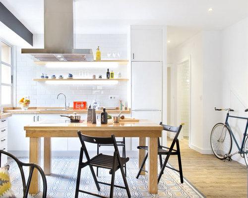 modelo de cocina en l clsica renovada pequea abierta sin isla