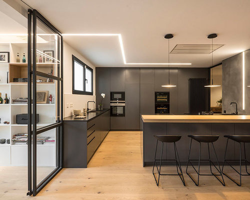 Large Contemporary Open Concept Kitchen Remodeling   Example Of A Large  Trendy L Shaped Light
