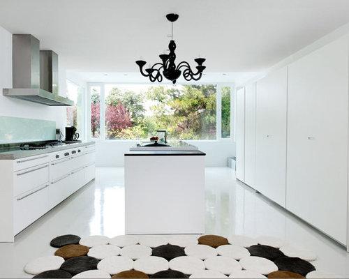 cheap foto de cocina lineal moderna grande abierta con armarios con paneles lisos with diseos de cocinas modernas con isla