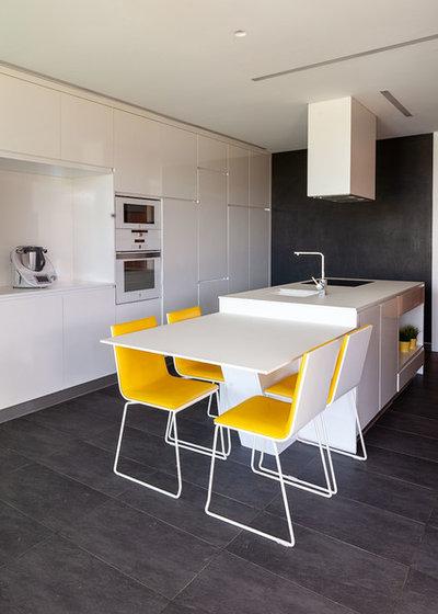 Contemporáneo Cocina by Tagarro-De Miguel Arquitectos
