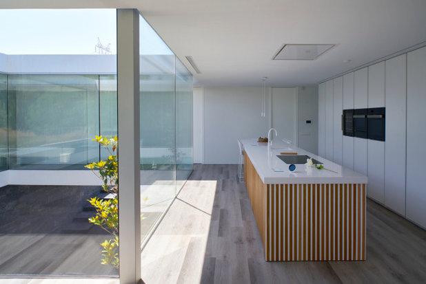Contemporáneo Cocina by Casastar Construcciones