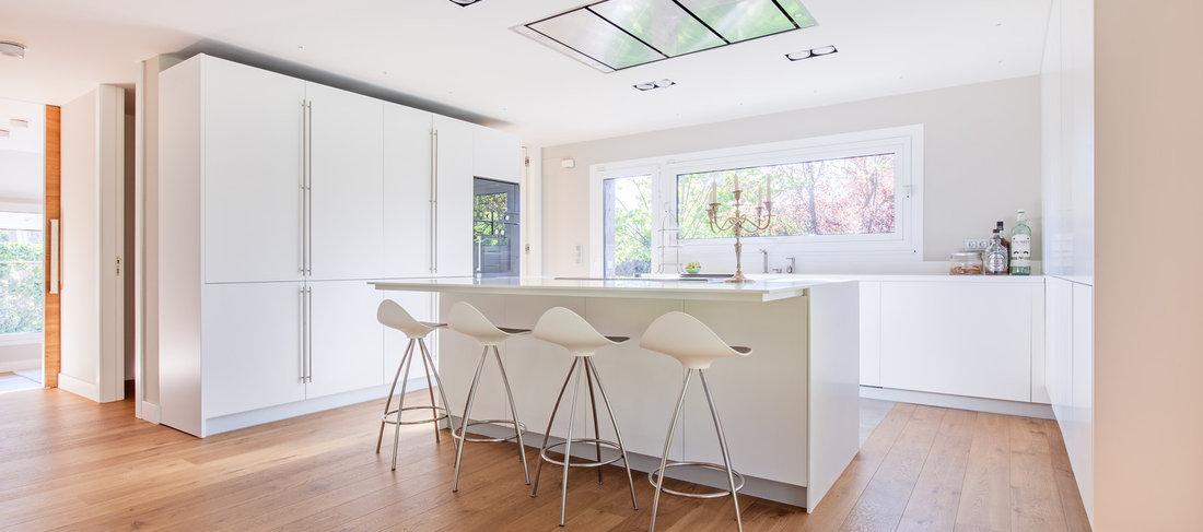 Lujo Azul Y Cocinas Blancas Houzz Modelo - Ideas de Decoración de ...
