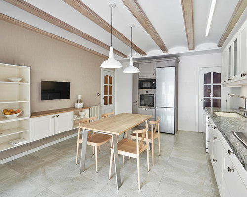 Ideas para cocinas fotos de cocinas cl sicas renovadas - Cocinas blancas clasicas ...