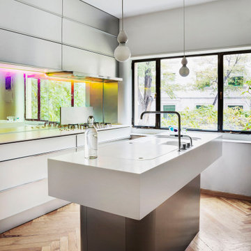 Cocina - Casa Vanguardista en El Viso