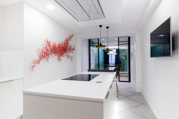 Moderno Cocina by Estudio Backsteen