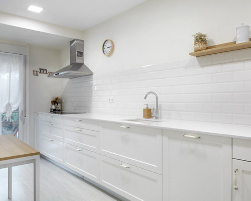 Ideas para cocinas fotos de cocinas con suelo vin lico - Tamano azulejos cocina ...