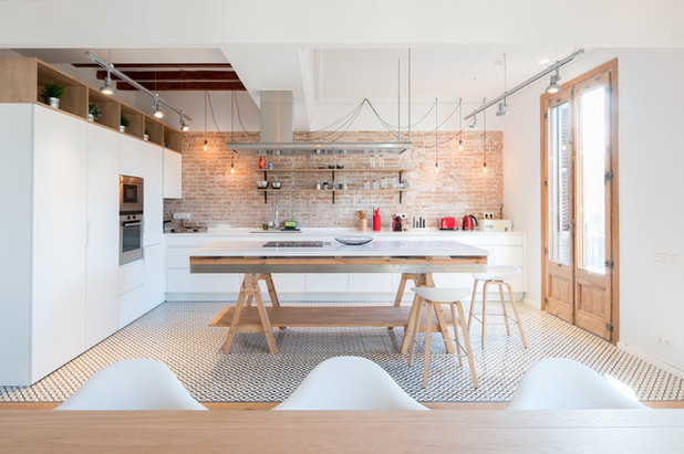 Contemporary Kitchen by Valgreen