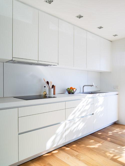 Cuisine moderne ferm e photos et id es d co de cuisines - Relojes para cocinas modernas ...