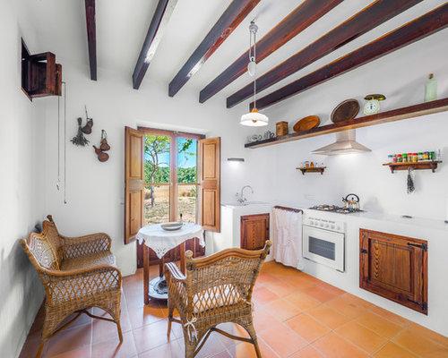 Fotos de cocinas dise os de cocinas con salpicadero blanco - Muebles para casas de campo ...