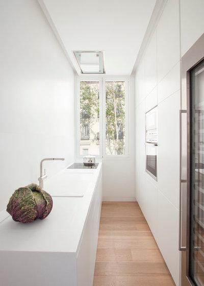 comment nettoyer une plaque vitroc ramique. Black Bedroom Furniture Sets. Home Design Ideas