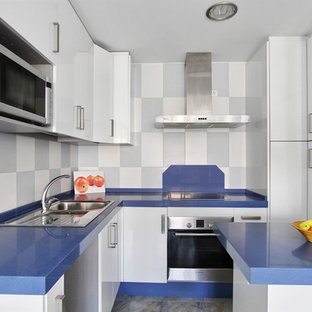 75 most popular beach style spain kitchen design ideas for 2019 rh houzz com