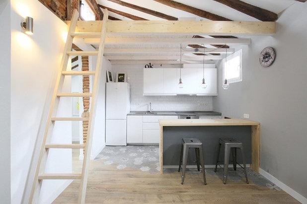 Skandinavisch Küche by GMTmas  Architecture&Design