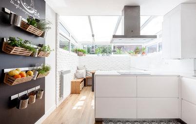 Una cocina moderna con un punto 'british' en un chalé de Madrid
