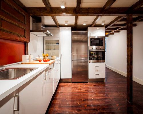modelo de cocina en l tradicional renovada de tamao medio cerrada sin