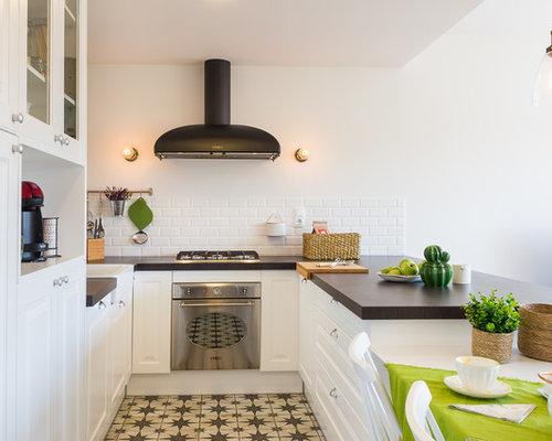 Best budget kitchen design ideas remodel pictures houzz - Lautoka urbana ...