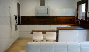 Una cocina de diseño integrada en el salón
