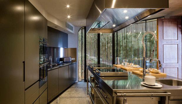 Industrial Cocina by Metroarea Architetti