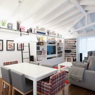 Diseño de comedor actual, abierto, con paredes blancas, suelo de madera oscura y suelo marrón