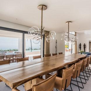 Diseño de comedor contemporáneo, extra grande, abierto, con paredes blancas