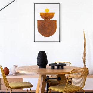 Imagen de comedor nórdico de tamaño medio