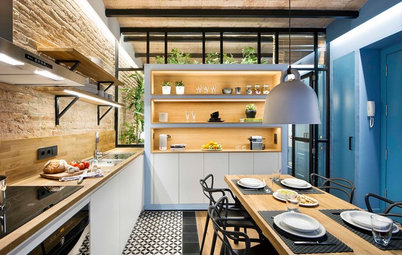 Houzz Tour: A 430-Sq-Ft Home Brims With Light & Warmth