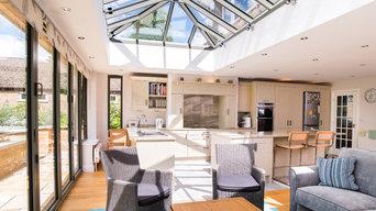 Aluminium Orangery with Single Atlas Lantern Roof