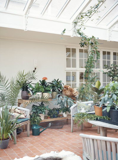 Traditional Conservatory by Anna Standish Interiors