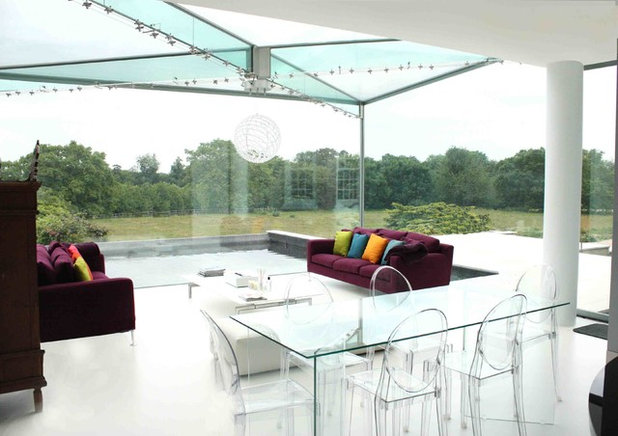 Contemporary Conservatory by T-Space Design & Build