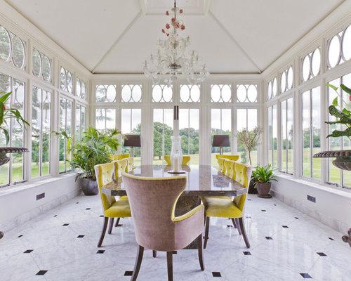 Foto e idee per verande veranda con pavimento in marmo for Proiettato in veranda con camino