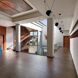 Trendy hallway photo in Ahmedabad