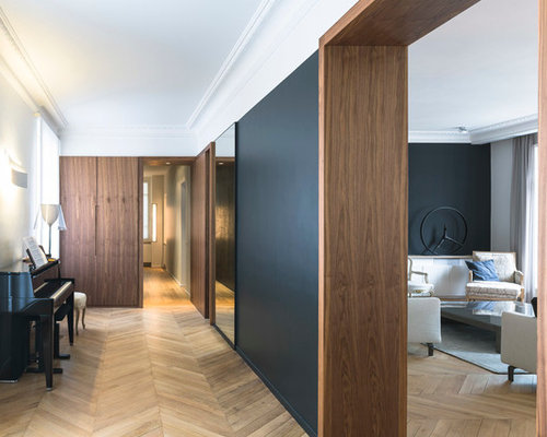 couloir avec un mur noir photos et id es d co de couloirs. Black Bedroom Furniture Sets. Home Design Ideas