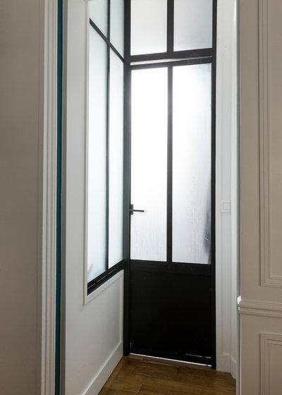 Contemporain Couloir by A&D Vanessa Faivre