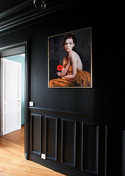 Modern Flur by Gaëlle Cuisy + Karine Martin, Architectes dplg