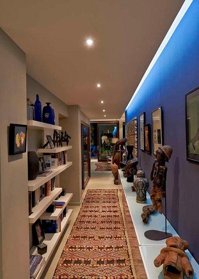 Contemporary Hallway & Landing by HYBRE ARCHITECTE