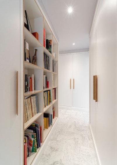 Contemporain Couloir by Raphaëlle Soleil