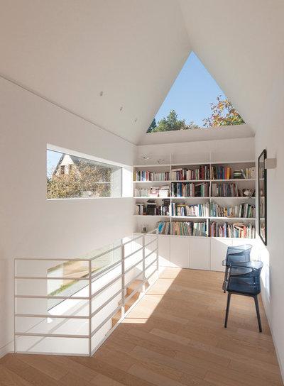 Contemporain Couloir by Feld Architecture