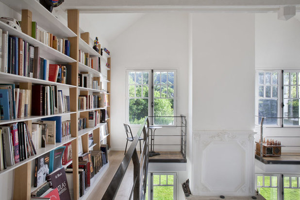 Transitional Hall by Olivier Chabaud Architecte