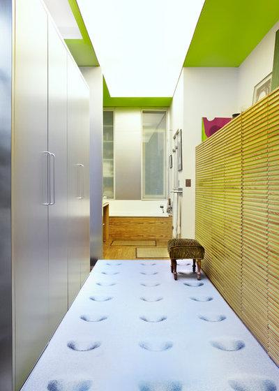Contemporain Couloir by Eric Gizard interior design