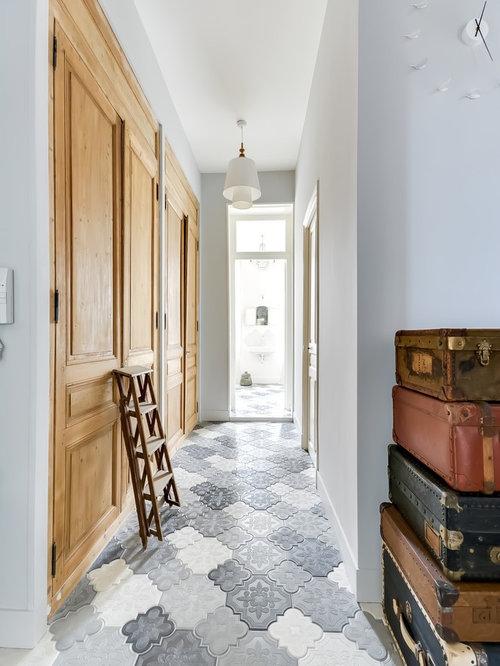 couloir classique photos et id es d co de couloirs. Black Bedroom Furniture Sets. Home Design Ideas