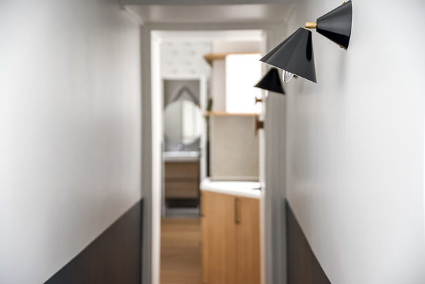 Scandinave Couloir by Transition Interior Design