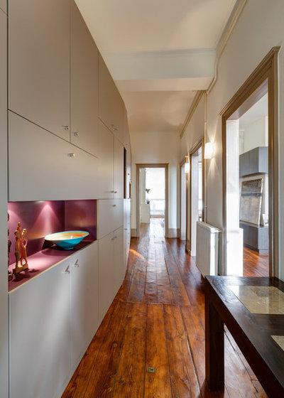 Contemporain Couloir by HYBRE ARCHITECTE