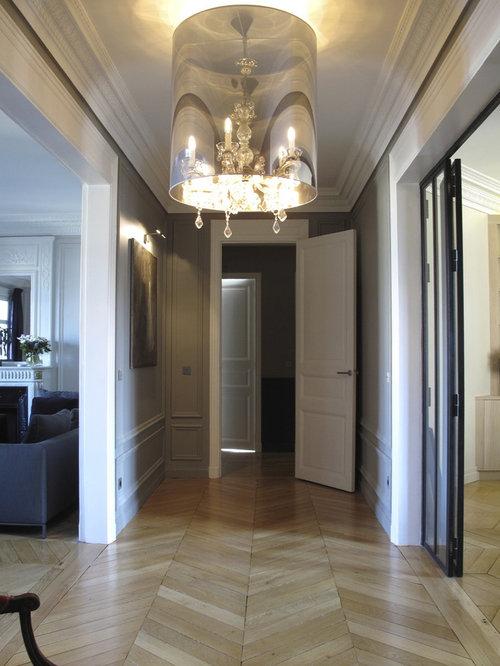 couloir avec un mur blanc photos et id es d co de couloirs. Black Bedroom Furniture Sets. Home Design Ideas