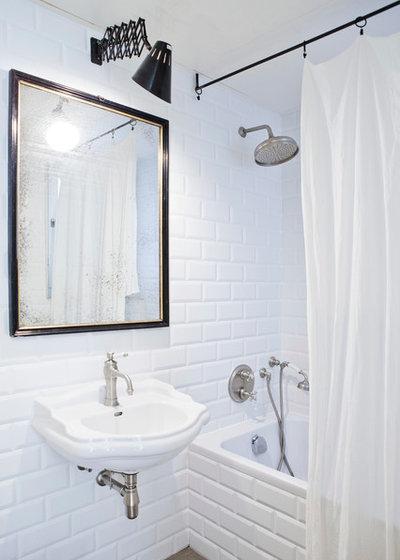Contemporáneo Cuarto de baño by Bluetomatophotos