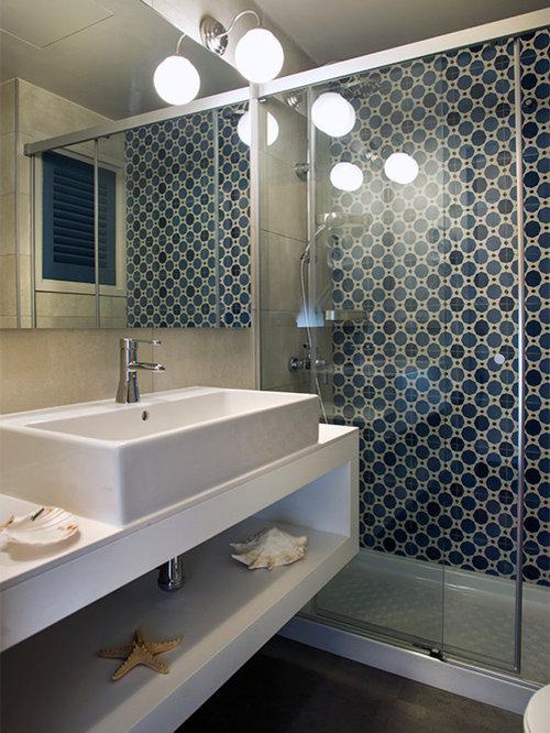 Foto e idee per bagni mediterranei con pavimento in vinile for Piastrelle in vinile