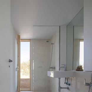 Kleines Mediterranes Badezimmer in Sonstige