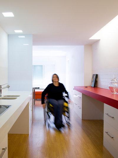 Klassisch modern Badezimmer by LORETO SPA arquitectura