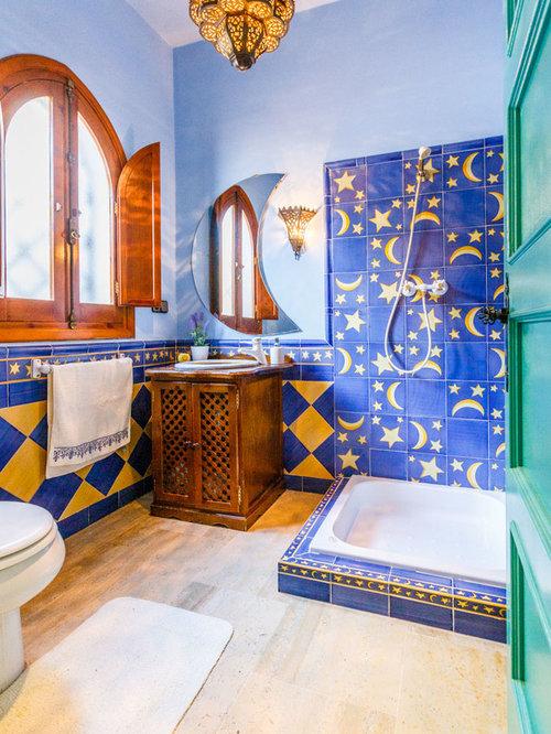 Fotos de ba os dise os de ba os con baldosas y o for Habitaciones con azulejos