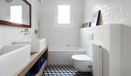Un baño a la última con tonos azules… ¡y un punto de geometría!