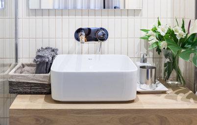 Parecidos razonables: 2 baños pequeños cómodos y funcionales