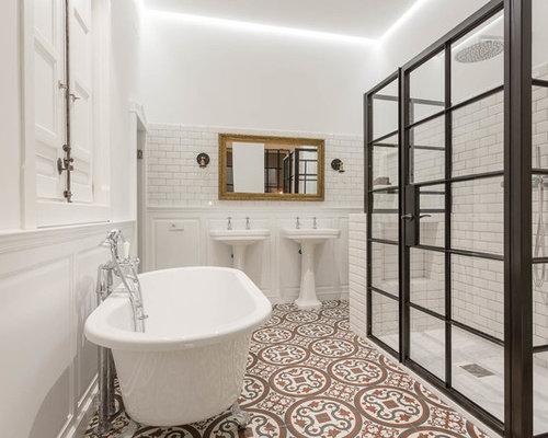 Mediterrane badezimmer mit l wenfu badewanne ideen - Wandfarbe terracotta fliesen ...